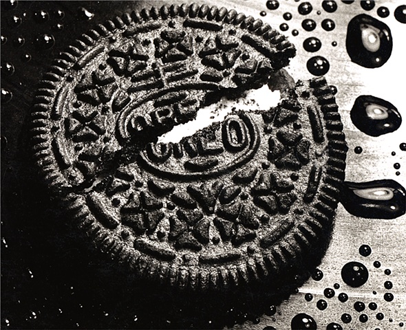 Cookie, Oreo, close up, food, water drops, black and white, dessert, cookies, snack