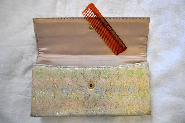 Ladies evening purse and comb from Portland, Oregon needs a home