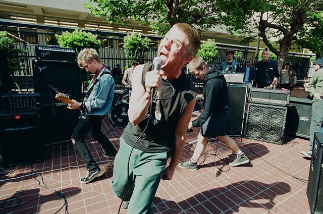 16thst bart show sf,ca 2002