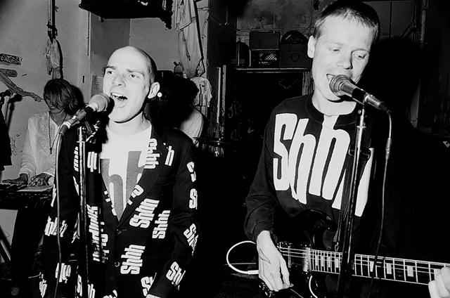 Chumbawamba, 404 willis, Detroit, MI 1992