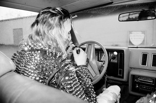 Wiz, smoking crack and driving, Flint MI,1991
