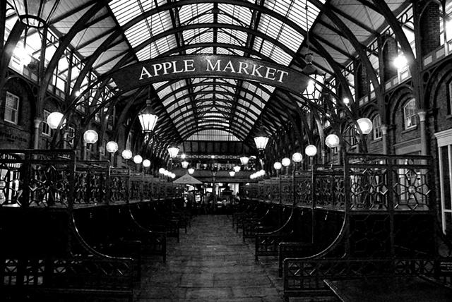 Apple Market ~ London