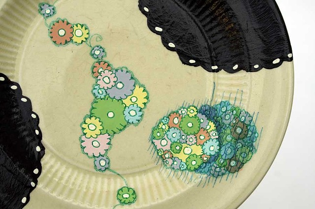 HAND PAINTED CAKE PLATE # 3 (One plate of a set of 6.)  DETAIL