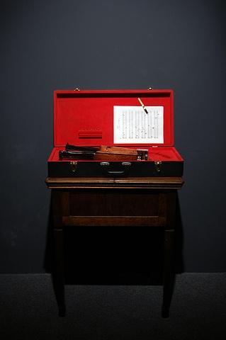 Six-shot Six-string (installed in Vertigo at Gallery Pierre-Francois Ouellette Art Contemporain)