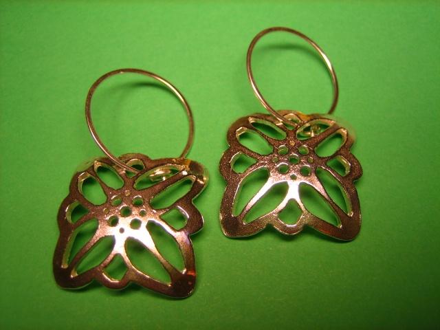 earrings gold edelweiss austria wassermann hoops handmade