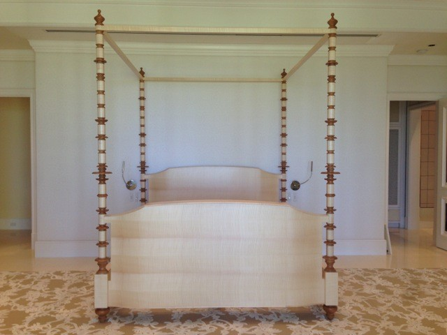 Four Post King Size Bed with TV Lift