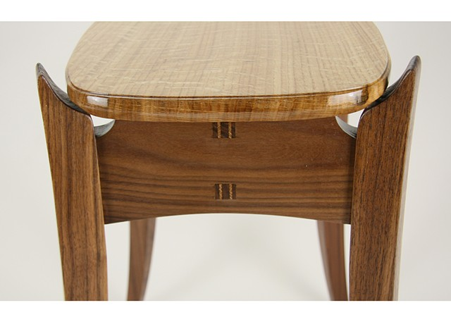 Detail of Quartersawn White Oak Top End Table