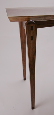 Walnut slab 2 leg detail