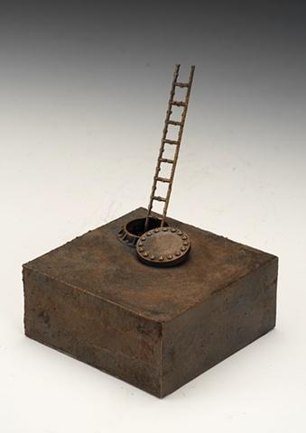 Hatch Box w/ Ladder