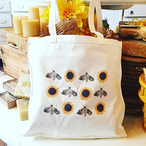Sweet honey bee tote