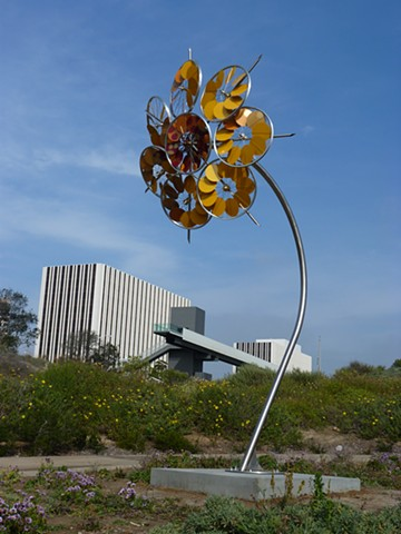 photograph of Sunflower  kinetic public metal sculpturein Lake Oswego, Oregon,  by Patricia Vader