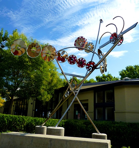 photograph of Flight, a kinetic metal sculpture at Bentley School, Lafayette California, by Patricia Vader