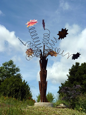 photograph of metal sculpture by Vader and Bologna