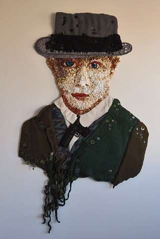 Portrait/fiber/wall relief/San Francisco/buttons/quilt/hand stitching/shooting question