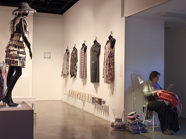 Installation View unCommon threads