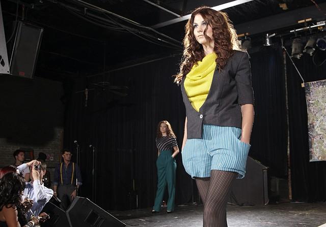 Look 3 fashion show 2