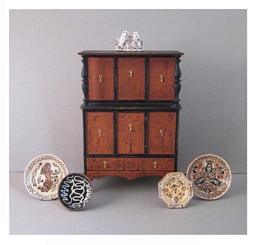 Miniature cupboard miniature pottery