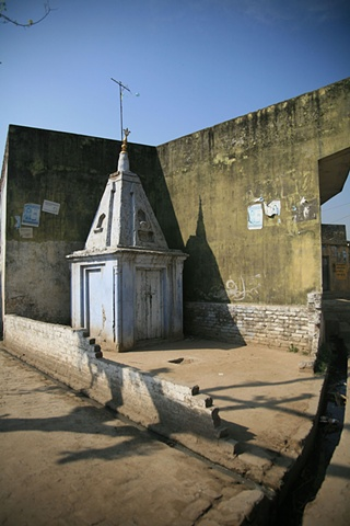 Village temple; Outside Dhampur, Uttar Pradesh