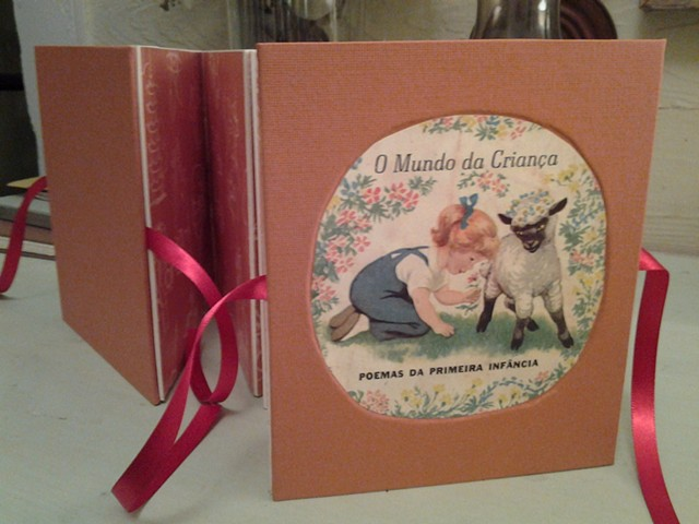 O Mundo da Criança deconstructed, 2014 Collage, handmade carousel book