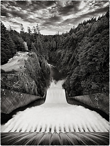 Cleveland Dam on the Capilano River  Jul 2011