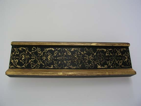Italian Renaissance Replica gilded cassetta frame in sgraffito handmade hand made in Maine