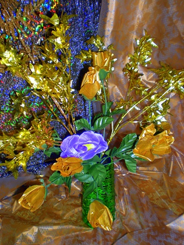 Can You Dig It? A Chromatic Series of Floral Arrangements (Gold)