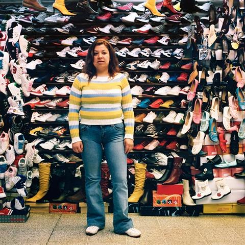 Calzado Sport Shoe Stall, Central Station, Santiago, Chile, 2006