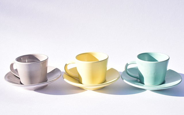 Enjoy a good shot of strong coffee in these espresso cups and saucers. Three toning colours, grey, yellow and turquoise.