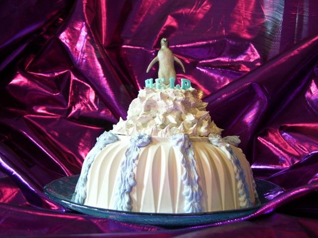 MELTING GLACIER CAKE