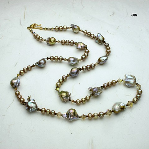 mauve baroque pearls (#608)