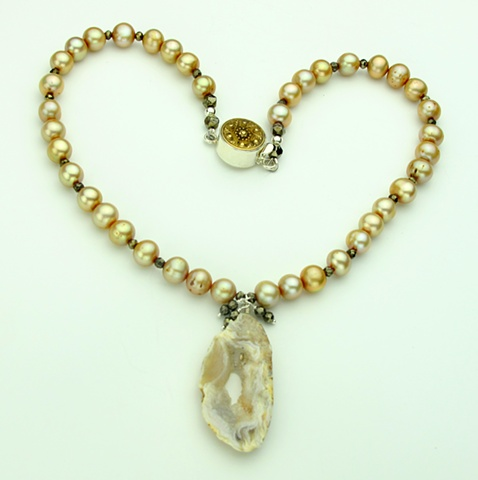 champagne pearls, crystalized agate slice, faceted pyrite, vintage brass button silver clasp (767)