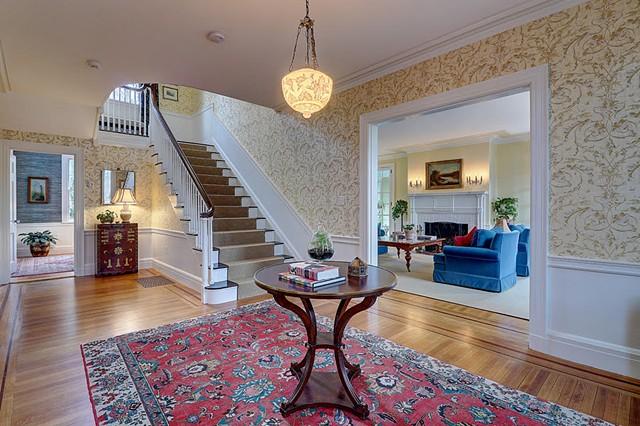 Foyer/Stair