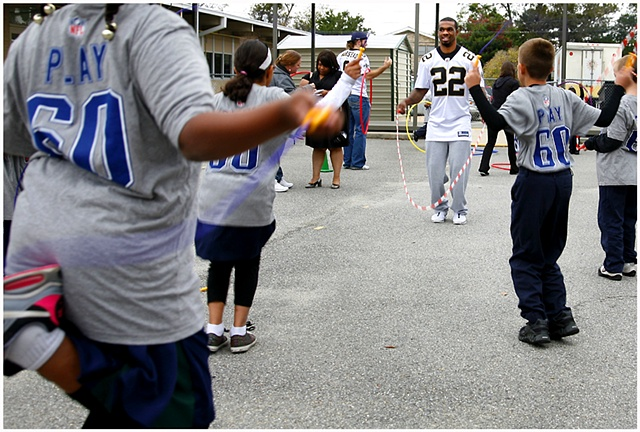 In |http://crystalshelton.com/artwork/2243357_HEAL_2_TOE.html|Septemeber| Green Park Elementary had an event for their students encouraging physical activity. The event took place the day of the first Saints game of the 2011 season in conjunction with the