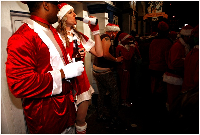 BAD SANTA PUB CRAWL