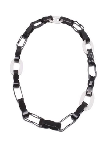 Asymmetrical Chain Link Chain