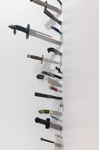 knife column detail