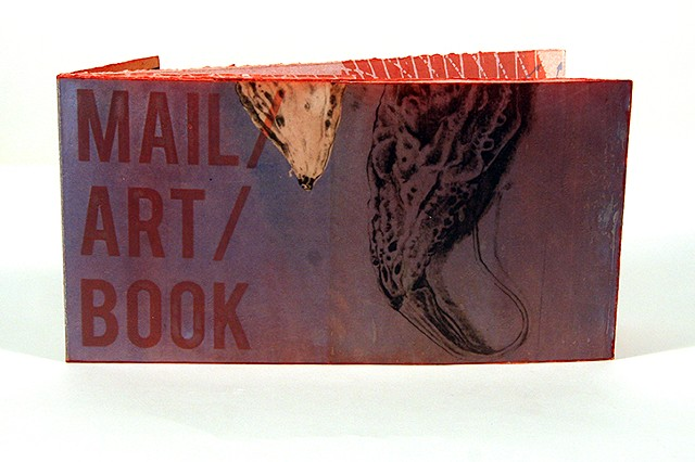 """Mail/Art/Book (z-fold)"""