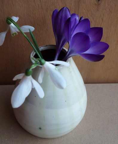 small vases for small flowers