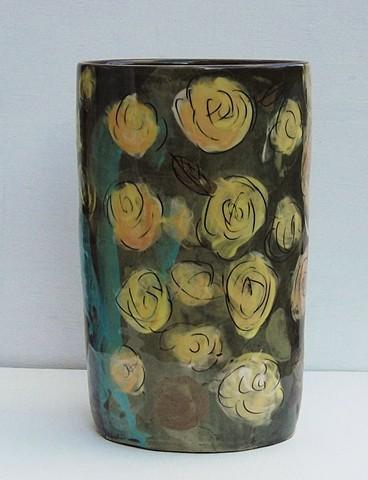822. flower vase