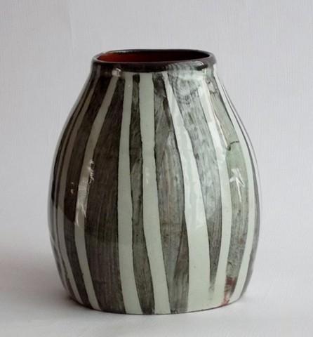 726. snowdrop vase