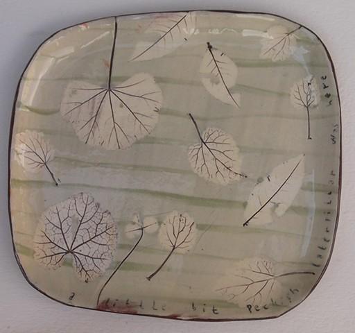 107. Blue leaf plate