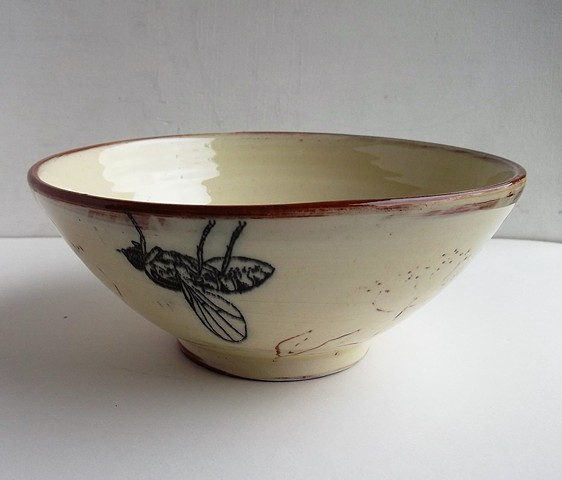 meadow bowl with fly