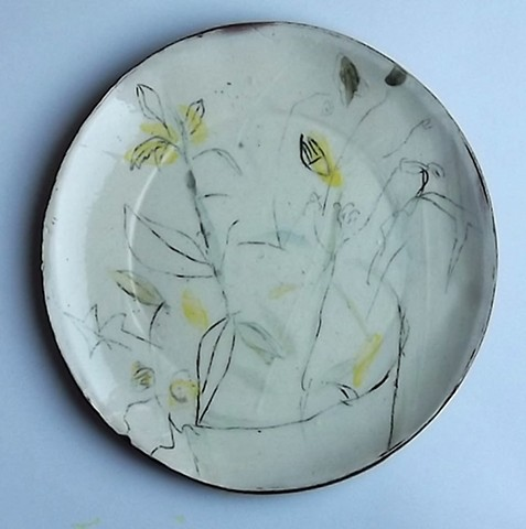 dinner plate with plants