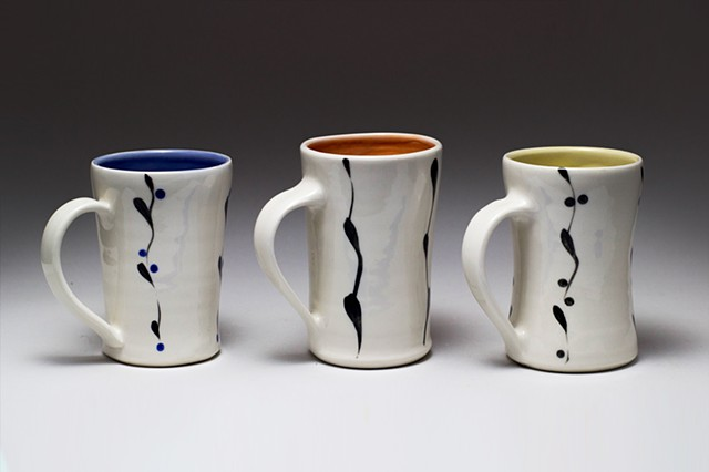 Vine Design, mug, color interior  Wholesale price $12.00