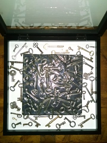 Key tile in Shadowbox