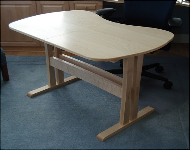 Maple Kidney Shaped Table
