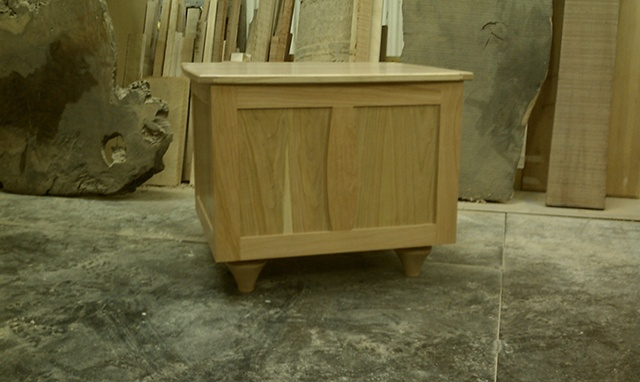 Eco-friendly Side storage table