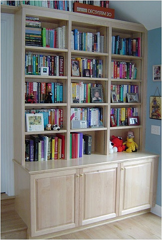 Thomas Duggan Woodworking - Bookcase cabinet