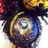 Blackbeard 'n his feathers... Detail