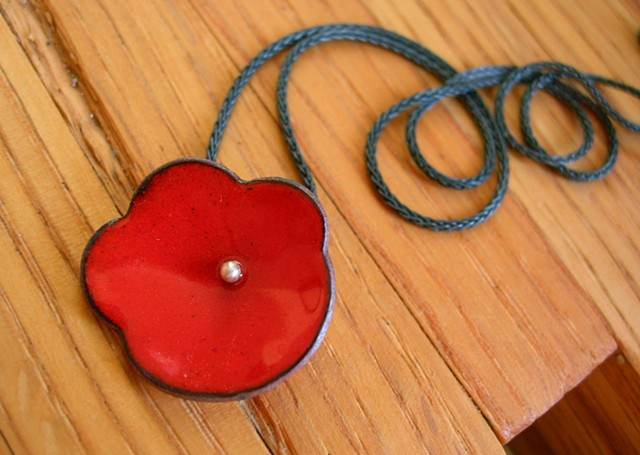 poppy necklace